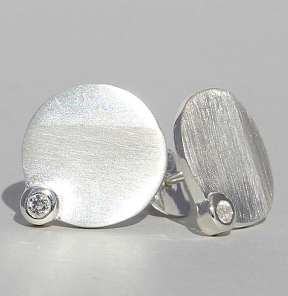 "Silberohrstecker ""Tonga"" Silber mit Bergkristall"