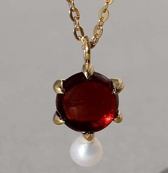 Silbercollier vergoldet mit Granat und Perle