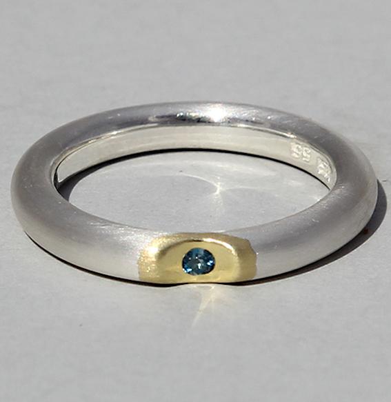 Silberring vergoldet mit Topas london blue | Lula