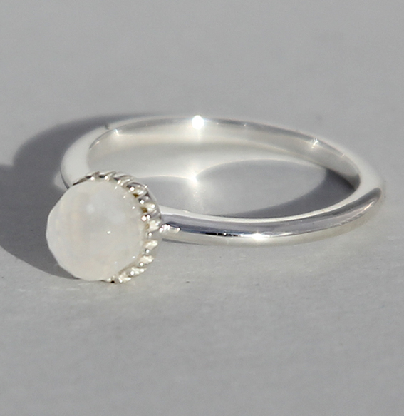 Silberring Mondstein | Krönchen groß