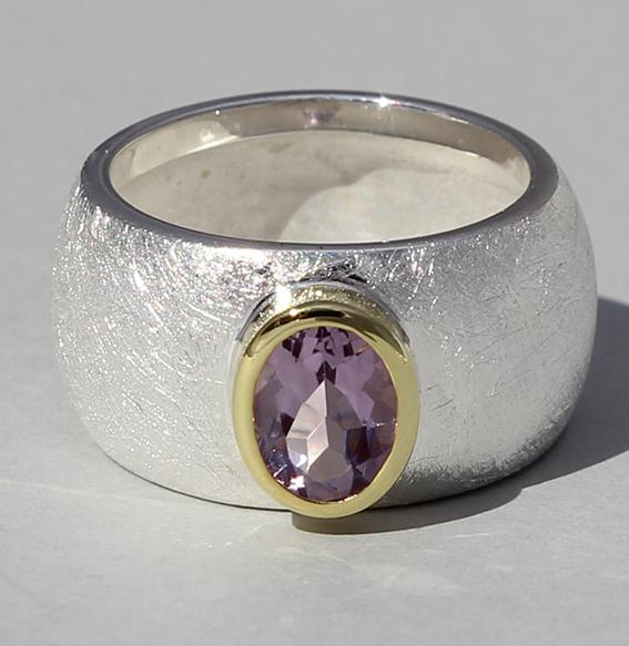 Silberring teilvergoldet mit Amethyst | Golan oval
