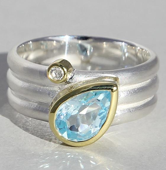 Silberring vergoldet mit Topas und Bergkristall
