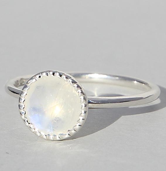 Silberring mit Mondstein | Spring sparkle klein