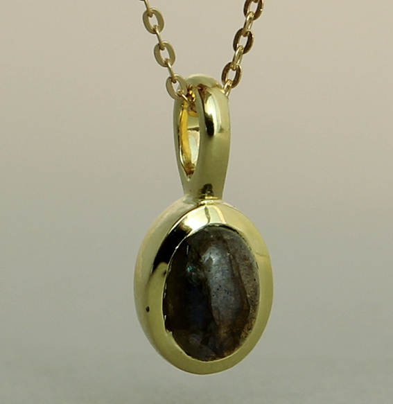 Silberanhänger vergoldet mit Labradorit