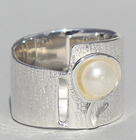 Silberring mit SWZ Perle | Perlblume