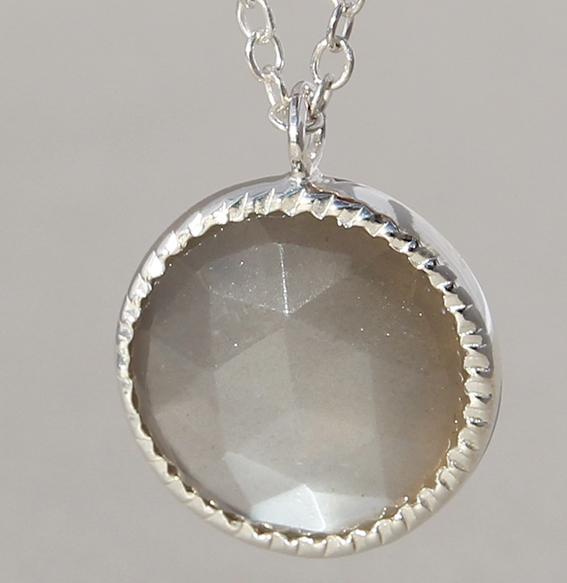 Silbercollier mit grauem Mondstein | Spring Sparkle