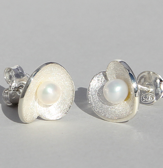 Silberohrstecker mit SWZ Perle | Lotus leaf