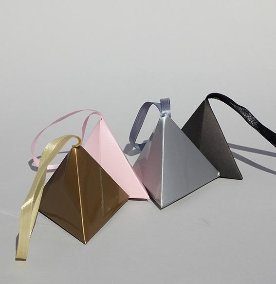 Papier Faltschachteln | Pyramide 6x6x6cm