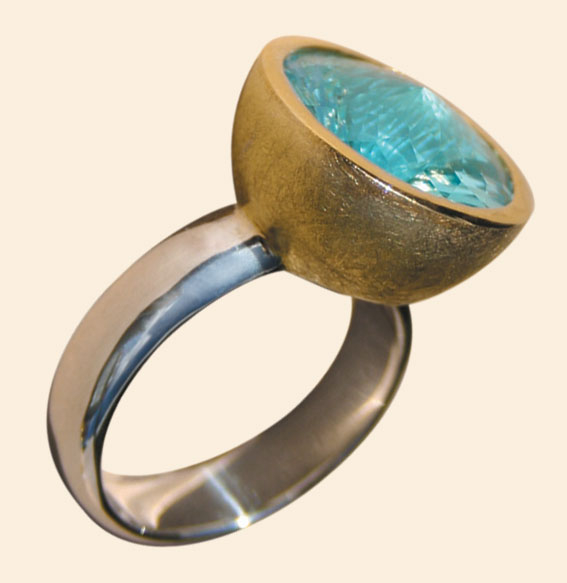 Silberring vergoldet mit Topas | Swirlschliff