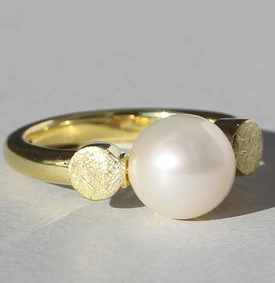 Silberring vergoldet mit SWZ Perle | Knopf