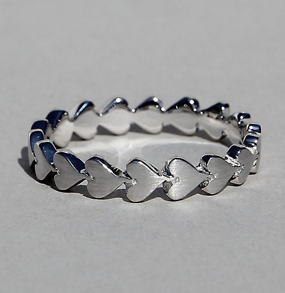 Silberring 1-reihig rhodiniert| Herzchenband