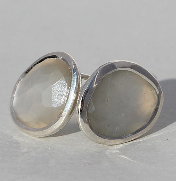 Silberohrstecker mit Mondstein grau | Fine sparkle big