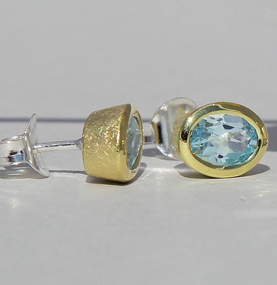 Vergoldeter Silberohrstecker oval Topas